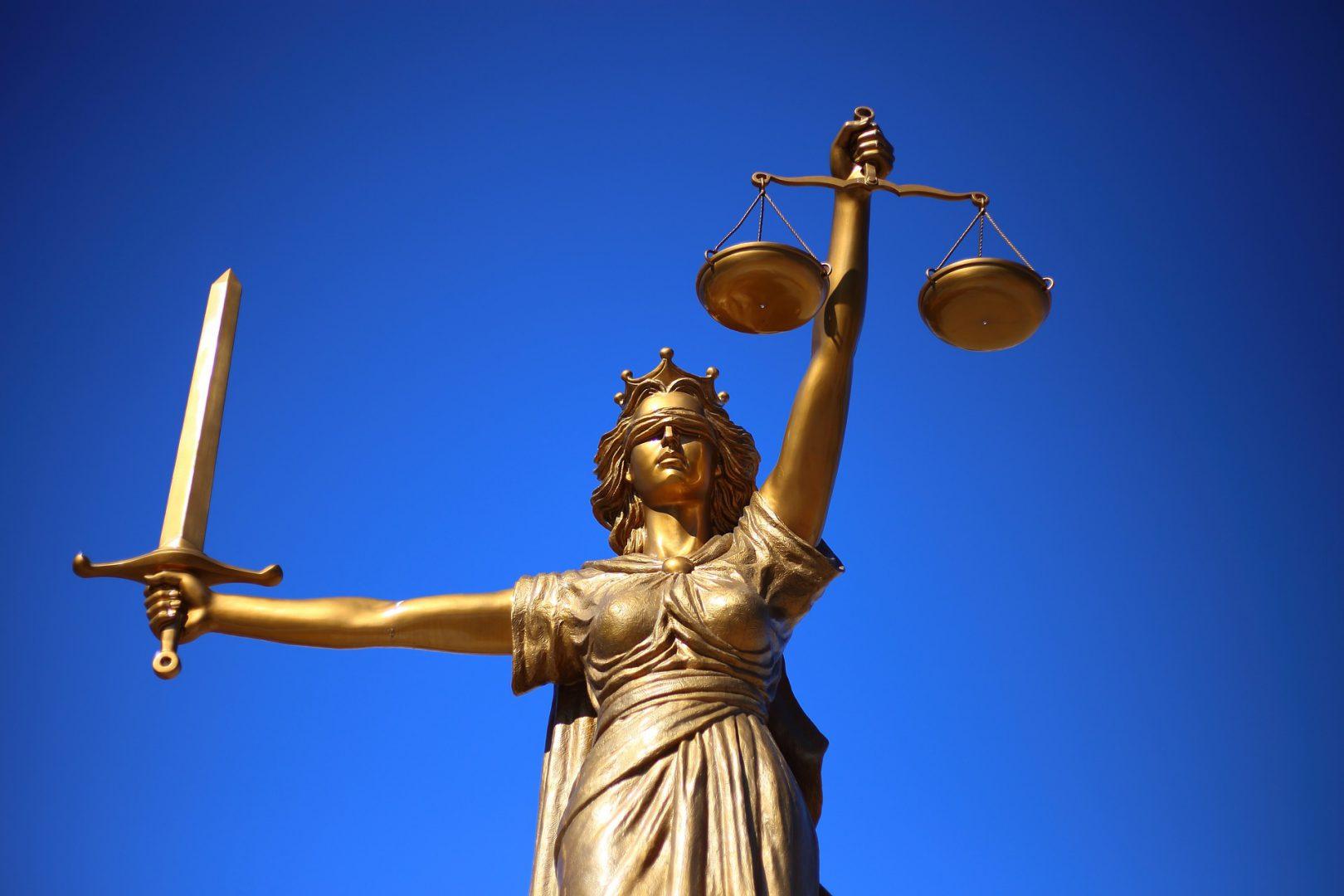 Открыто судовое производство из-за бездействия Кабмина по вопросам продажи земли