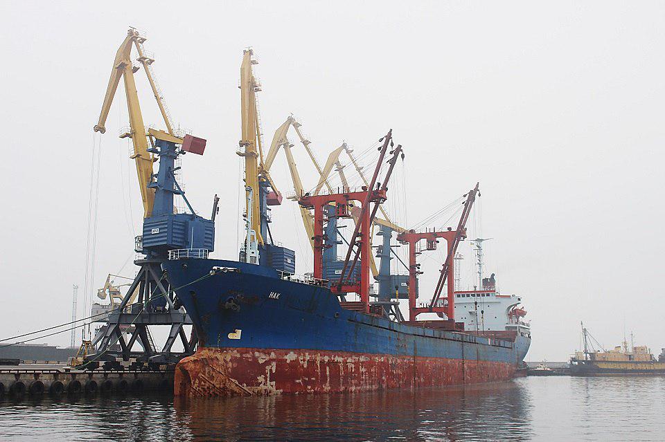 В Мариупольском торговом порту осуществилась отгрузка сорго впервые за 6 лет